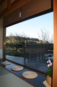 洲崎ホテル【風の抄】ラウンジからの灯台風景