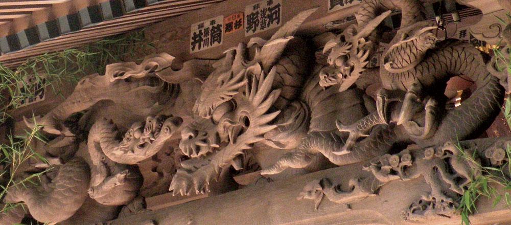 後藤庄三郎忠明の彫刻