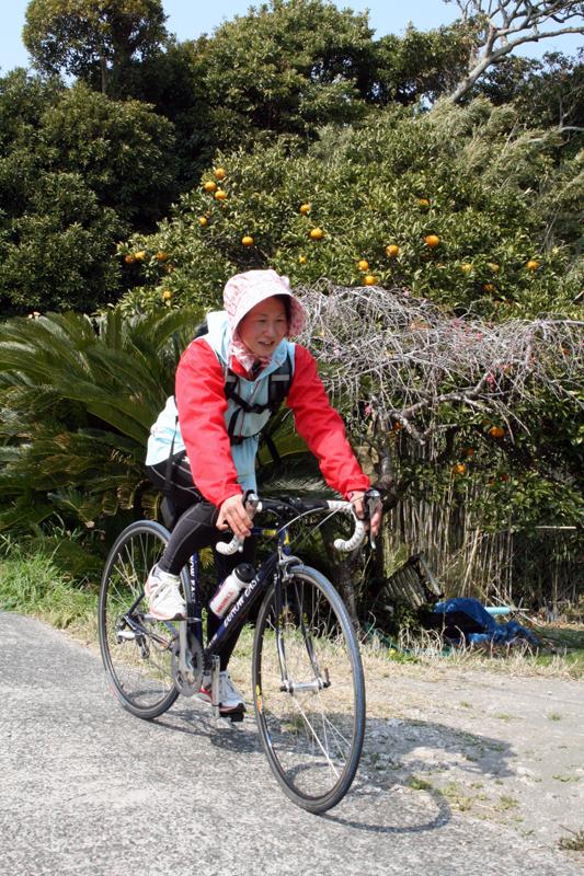 バイクで出勤中の本田さん