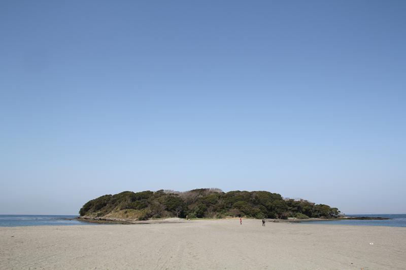 歩いて行ける無人島 沖ノ島