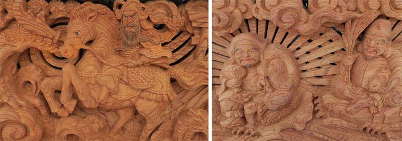胴に嵌められた繊細な彫刻