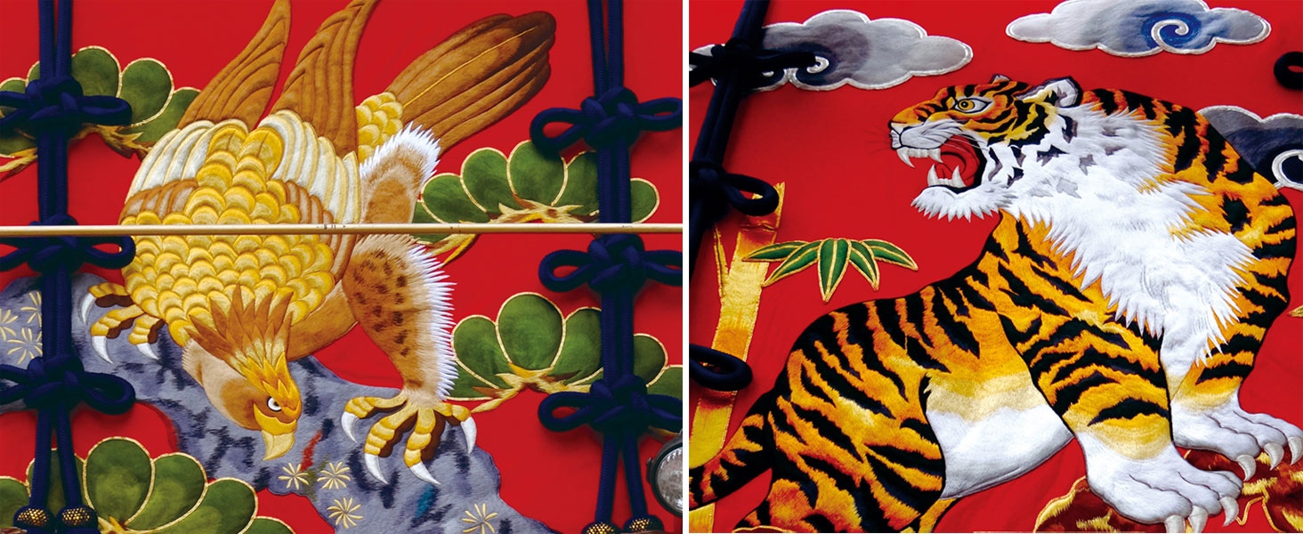 平成25年に新調された胴幕(左:上胴幕 松に鷹、右:下胴幕 龍虎
